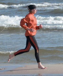 corriendo en playa 2 11coverstory-shutterstock -copy-250x300